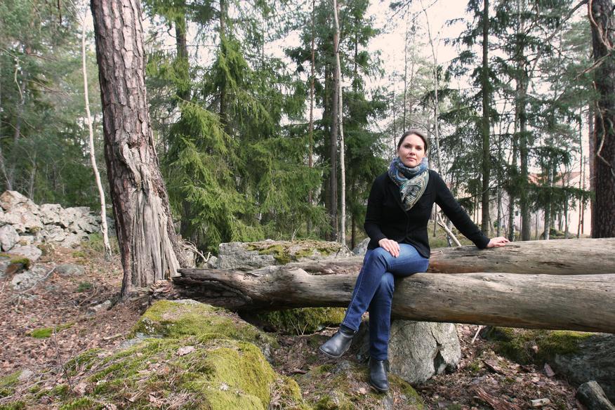 Cecilia Stenfors ute i det gröna
